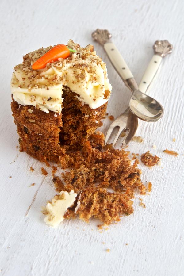 Carrot-cake-cupcake