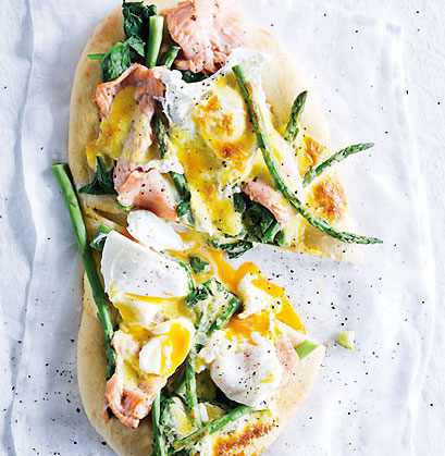 Eggs-Benedict-pizza