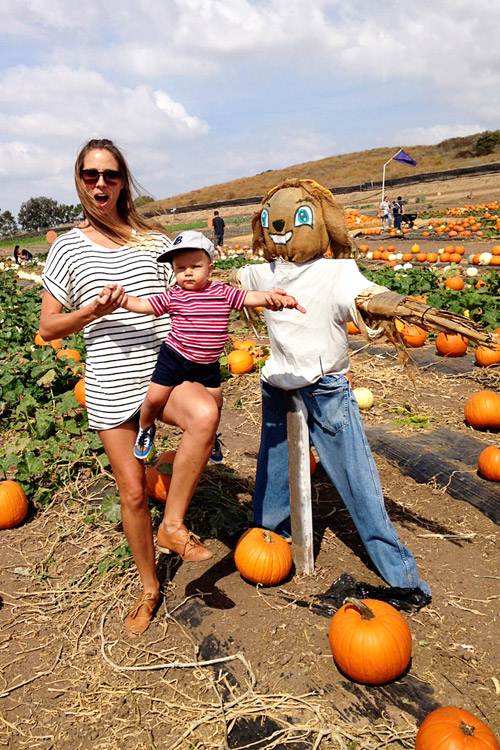 Kelly-and-Paxton-in-a-pumpkin-patch